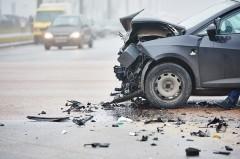 高齢者のペダル踏み間違え事故はクルマにも原因がある。左ハンドル推奨論も間違っている