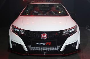 【ホンダ シビック タイプR】歴代タイプR最強 2リッターVTECターボエンジン